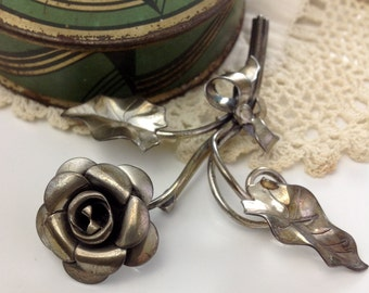 Early Beau Sterling Rose Brooch