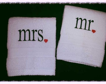 Personalized Wedding Gift Towel Set of 2 Mr. & Mrs.
