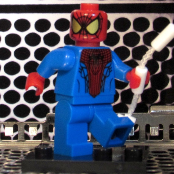 Spider Man Peter Parker In The Lego Incredibles Videogame: Custom AMAZING SPIDER-MAN Lego-size Peter Parker W/Web-rope