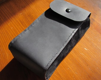 Snap Pouch, Black All Leather Pouch for Simple Security