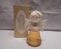 """Vintage Avon """"HEAVENLY ANGEL"""" Not dated 2 oz size Approx 5"""" tall  and 3 1/2"""" wide Complete with Box"""