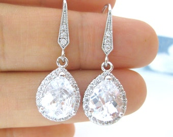 Bridal Crystal Earrings Cubic Zirconia Teardrop Earrings Clear Crystal Earrings Sparky Earrings Wedding Jewelry Bridesmaid Gift (E049)