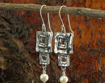 Silver Pearl Earrings, Bridal,Wedding Jewelry, Bridesmaid Gift, Square Pearl Dangle Earring, Handmade, 925 Sterling Silver Drop Earring X512