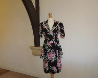SALE 50% OFF - Vintage floral peplum dress with double breasted buttons