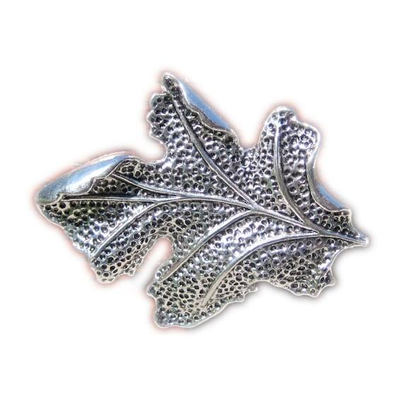 Oak Leaf Drawer Knobs - Cabinet Knobs - Furniture Knobs in Silver (MK104)