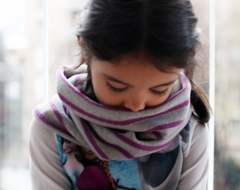 Cashmere blend circular scarf, striped neckwarmer. Kids and youth fall winter fashion. Soft italian cashmere blend knit. Gray and lilac.