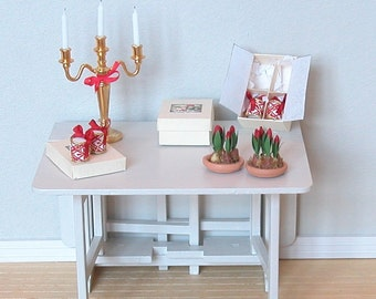 Dollhouse Christmas Tulips - arranged in terracotta saucer - 12th Scale Miniature Flowers (GF74)