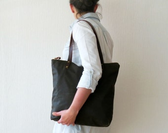 Canvas Bag Green Zip Tote Bag Waxed Canvas Leather handles, Canvas Tote, Purse Handbag, Shoulder Bag