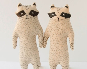 Gray Raccoon Toy, Woodland Creature, Soft Raccoon Plush, raccoon Kids Gift, baby shower gift, animal birthday gift, Woodland Plushie Toy