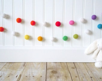 Pom Pom Garland, Felt Garland, Kid's Room Garland, Colorful Garland, Nursery Decor, Party Decor, Multicolored, Felt Bunting, Rainbow
