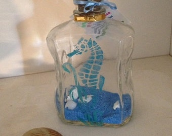Etched Teal Seahorse and Kelp • Exquisite Decorative Bottle • Blue Sand and Small White Shells • Beach Art Home Decor • Crafts by the Sea