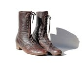 Vintage Dark Brown Leather Ankle Boots / size 9