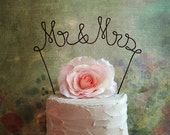 Mr & Mrs Wedding Cake Topper Banner - Rustic Wedding Cake Topper, Shabby Chic Wedding Cake Decoration, Personalized Wedding Cake Topper
