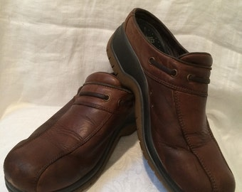 Brown Leather Slip On Loafer Shoes by Dansko Ladies Size 40 US Size 9