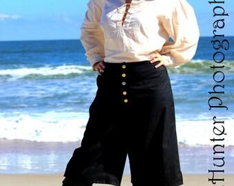 Women's Poet Shirt - Muslin -  Natural, White or Black - Medieval, Pirate, Rennaissance, Wench, LARP, SCA, Reenactor, Cosplay