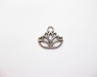 50 Lotus Flower Charms in Silver Tone - C2009 BULK