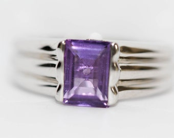 925 Amethyst / Solitate Ring .