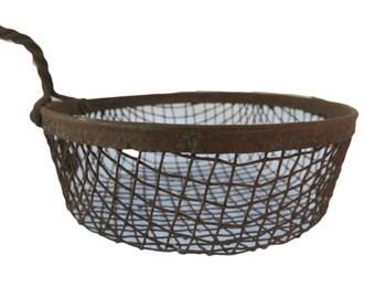 Vintage Twist-Handled Rusty Wire Fryer/Strainer Basket