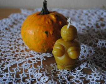 3 x Beeswax Small Venus Candles - Xmas, Venus of Willendorf, Christmas Table Centre Piece, Pure Natural, Fall - Beeswax Venus Candles