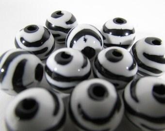 Zebra Print Round Beads ~ Black & White Beads ~ Plastic Beads