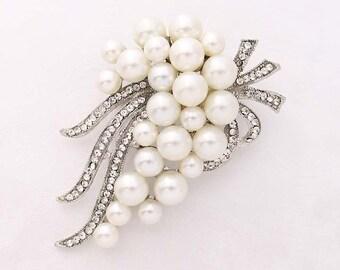 Rhinestone Pearl Brooch, Bridal Brooch, Broaches for Vintage Wedding Bouquet, Pearl Broach, Silver Crystal Pearl Brooches