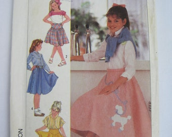 Vintage Simplicity 7878 Sewing Pattern - Girl's Set Of Skirts – Three Lengths – Sizes 10 – 12 – 14 – Optional Poodle Applique
