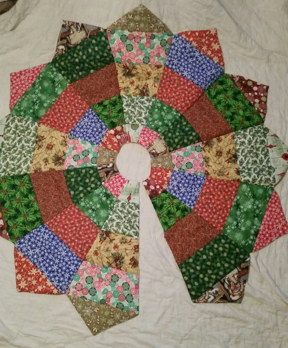 Quilted Christmas Tree Skirt Religious