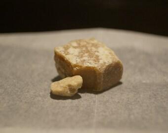 ARTISAN ATTARS 5 grams FRESH Indian Honey Amber Resin Natural Mood Enhancing Solid Fragrance Solid Parfum