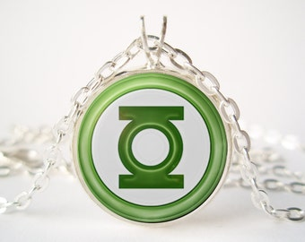 Green Lantern Pendant with Сhain
