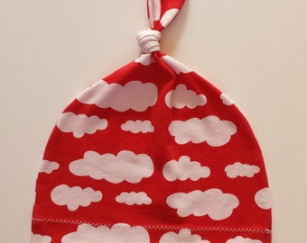 Topknot hat in Red Clouds organic cotton jersey. 2-3 years