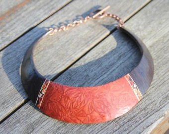 """Ethnic Bib Necklace / Breastplate in polymer clay, imitation wood ebony and """"leaves"""" copper-colored pattern"""