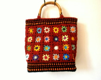 Vintage crochet grannys bag multicolor bamboo handles