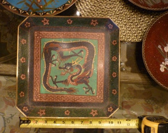Chinese Cloisonne late 1800 / early 1900-Cloisonne square plate with Dragon and floral surrondinging