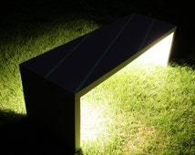 LED lighted Concrete Bench. Illuminated Garden Bench with LED lights. Glow in the dark Bench. Bench Seating. Betong Benk. Gartenbank.