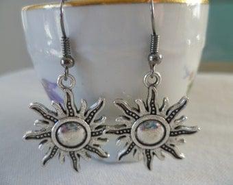 Sun earrings,celestial earrings,silver sun,sun jewelry,dangle and drop,wiccan jewelry,pagan jewelry,gift,planet earrings,planet jewelry