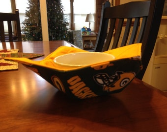 Microwave bowl hugger / cozy / pot holder / Kozy  Green Bay Packers