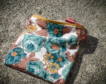 SOLD. POUCH // PURSE // Bustine handmade