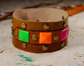 Valentines Gift. Leather bracelet with luminescent incertions of metall convex. Teen Bijou.