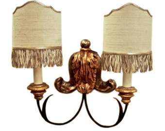 Carved Acanthus Wall Sconce