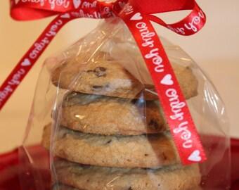 6 Gluten Free Chocolate Chip Cookies