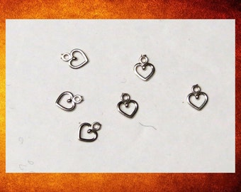 Charm - 6 Sterling Silver Tiny Heart Charms for Jewelry. #FIND-030
