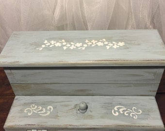 Hand painted vintage jewelry box