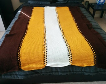 Tricolored Knitted Throw