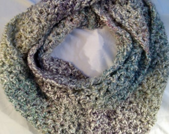 Crochet V Stitch Infinity scarf