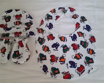 newborn baby boy bib, hat and mittens