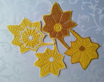 Crochet Coasters, Set of 4 Leaf Coasters, Kitchen Table Decoration, Gift Idea