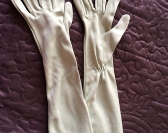 Vintage sage green gloves perfect for Easter Sunday!