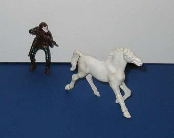 Vintage MPC 1960s Planet of the Apes Shooting Soldier with Horse