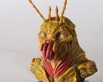Alien Sculpture inspired by the art of District 9