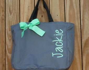 7  Bridesmaid Gift- Personalized Bridemaid Tote - Wedding Party Gift - Maid of Honor-Personalized Bridesmaid Gift Tote Bag